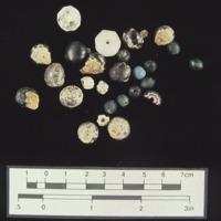 44PG0302_glass_beads.jpg
