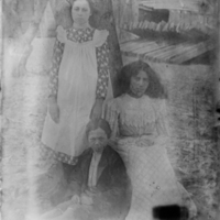 Boy and Two Girls 1900.jpg