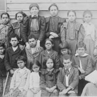 Group of Twenty School Children 1900.jpg